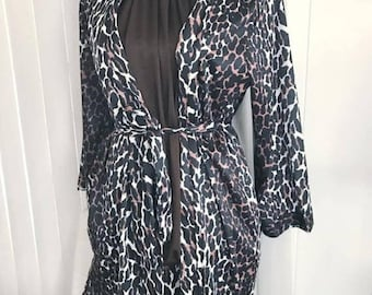 40% OFF Christmas in July Fabulous Vintage 3 Piece Leopard-licious Lounge Set - Skirt, Top and Robe/Jacket -- Size L XL
