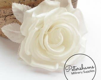 Silk 'Kelly' 14cm Rose Millinery Fascinator Flower Hat Mount - Off White