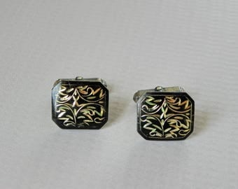 Black Enamel Etched to Gold Cufflinks Cuff Links. 950 Silver Base. Likely Made in Japan.