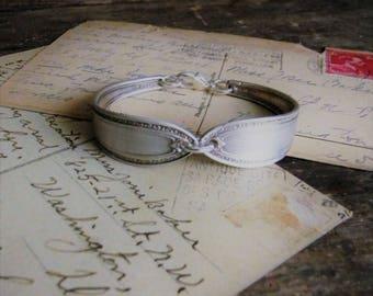 Vintage Spoon Handle Bracelet, Spoon Jewelry Bracelet, Small Silver Spoon Handle Bracelet Repurposed Silverware Jewelry Silver Spoon Jewelry