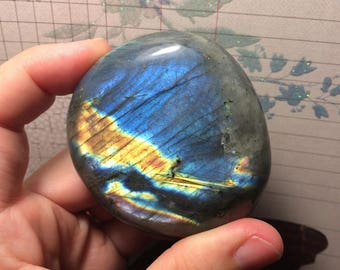 "Labradorite  ""Skyscape"" palm stone (gemstone)"