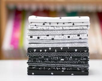 Monochrome - Half Yard Fabric Bundle by Makower UK - the Henley Studio - 14 prints