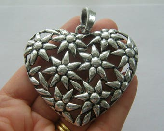 1 Heart pendant antique silver tone H96