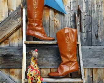 1970's tall boot by St. Moritz, women's size  8.5
