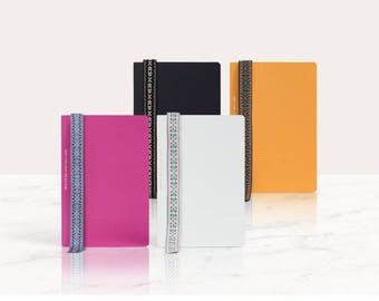 Medium Monthly and Weekly planner in 4 covers