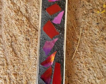 Pink red irridescent mosaic pendant