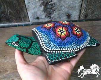 PAINTED WOOD TURTLE, 8 Inches Long Stylized Wooden Hand-Carved Carving with Bohemian Paint Pattern, Handmade Vintage Find, Floral Turtles