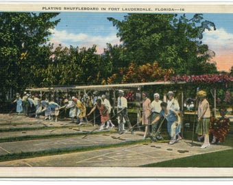 Playing Shuffleboard Fort Lauderdale Florida linen postcard