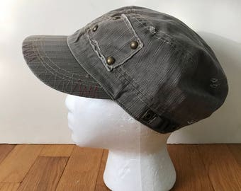 Vintage D&Y Newsboy Cap Messenger Hat Cadet Style Taupe Distressed 100% Cotton  Classic Under 30 Fall Hats Unisex
