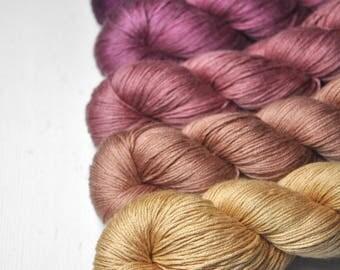 Sunrise dystopia - Gradient of Silk/Cashmere Lace Yarn
