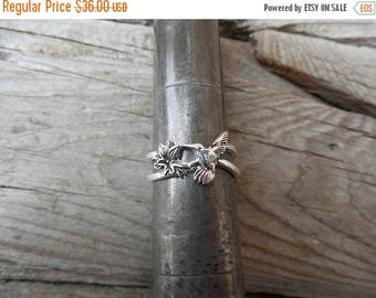 ON SALE Hummingbird ring handmade in sterling silver