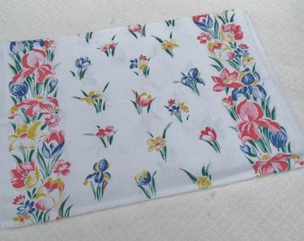 Vintage Floral Cotton Table Runner