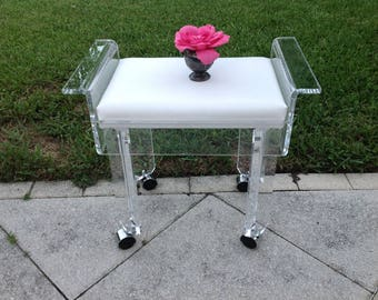 LUCITE PAOGODA BENCH on Castors / Pagoda Lucite bench 23 inches long / Hollywood Regency Style Retro Daisy Girl