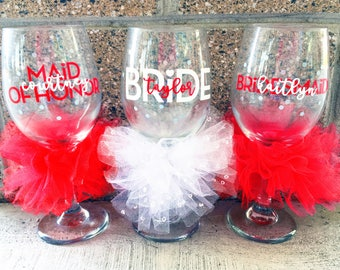 Custom Bridesmaid Wine Glass Maid of Honor Wine Glass Bridal Party Glasses Bachelorette Party Glasses Bridesmaid Glasses Wedding Wine Glass