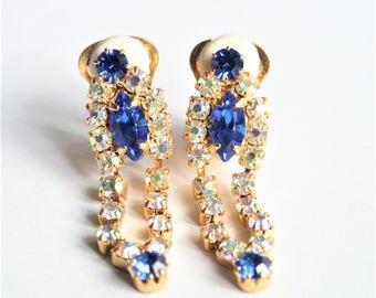 Blue crystal earrings. Vintage earrings. Clip on earrings