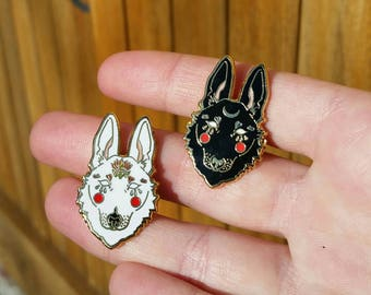 Black and White Wolf Pair Hard Enamel Pin - Lapel pin Inspired, Fantasy, Folk, Game of Thrones. Dog, Ghost, Moon. Gold, pins, wolf pin