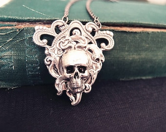 Lachrimae--Sturdy floral filigree Victorian skull cameo gothic necklace,S030