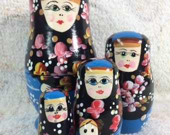 SUMMER SALE Set of 5 Wooden Russian Nesting Dolls Hand Painted Cute Blue