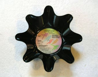Starship Record Bowl Made From Repurposed Vinyl Album - Jefferson Starship