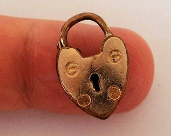 Gold Heart Clasp Charm... c.1950s Bracelet Fastener... Rubbed Gold Plate Patina
