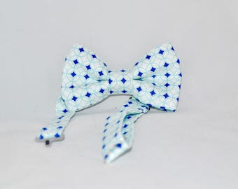 Blue Circles Boys Bow Tie