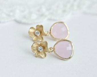Rose Quartz Glass Flower Stud Earrings,Bridesmaids Earrings,Rose Wedding Earrings,Rose Quartz Glass Teardrops and Matte Gold Plated Earrings