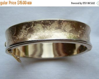 ANNIVERSARY SALE 1972 Sarah Coventry Gold Florentine Bangle