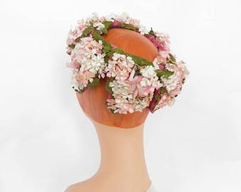 Flowered vintage hat, 1960s pink crown, jonquil