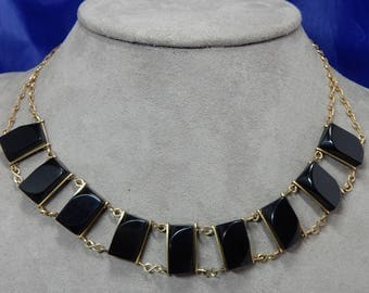 Vintage Black Lucite Gold Wire Link Choker Necklace    OCP3