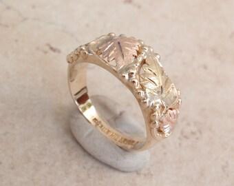 Black Hills Gold Ring Tri Color 10K Size 6.25 Vintage 011816YU