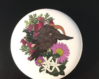 Blep!Goat 2.25 inch pinback button