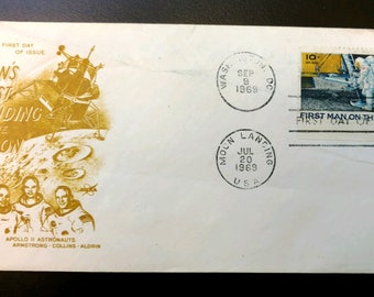 Apollo 11 First Day Cover Man's First Landing on the Moon Armstrong Collins Aldrin in Ochre 10 Cent Man on the Moon Stamp 1969 Cancellation
