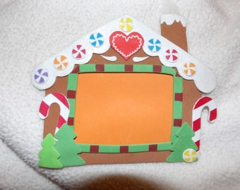 Cute craft foam gingerbread house holiday picture frame - xgbhf