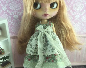Blythe Vintage Lace Dress - Green Floral