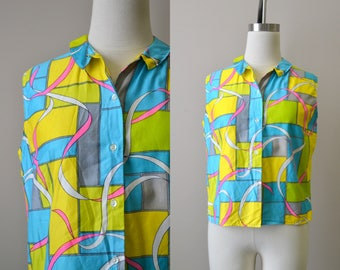 1960s Bright Printed Sleeveless Blouse