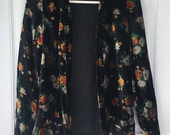 Women's vintage 90's black floral crushed velvet long sleeve blazer cardigan with pockets size small