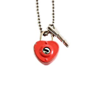 Vintage Red Heart Necklace . valentines necklace . padlock necklace . red lock . red padlock . red heart lock . red heart . diary lock