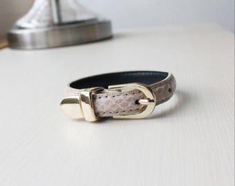 Lizard Pattern Buckle Belt Leather Bracelet(Pale Pink)