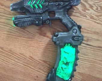 Custom Nerf Destiny Hive paint job// custom weathering and other fun internal mods. made to order.