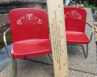 Vintage Red Metal Outdoor Lawn Chair Dollhouse Fairy Garden