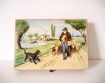 Vintage Toy blocks with six different pictures