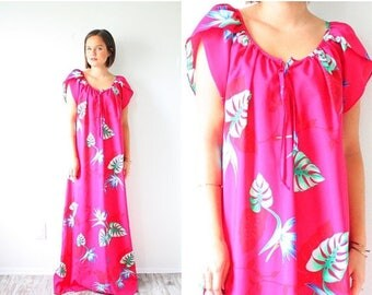 30% OFF SALE Retro neon pink floral 60's dress // pink floral maxi dress // Hawaiian floral dress // summer button modest maxi dress / short