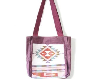 30% OFF SALE Vintage southwestern tote // purse // aztec style purse // aztec bag // navajo // tribal print bag // beach bag //bool bag