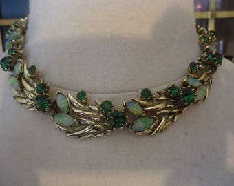 Vintage Antiqued Gold Tone Link Style Choker Necklace w/ Emerald Green Rhinestones, 16""