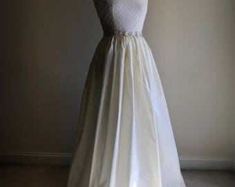 Plus Size Wedding Dress/Taffeta Dress/Ivory Wedding Gown/Pearl Bridal Gown/On Clearance