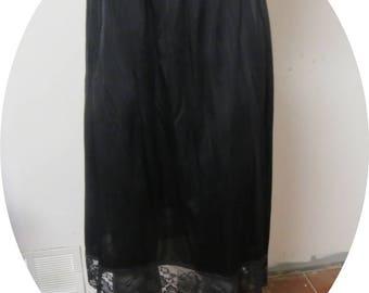 Vintage Black Half slip Vassatette Large #029
