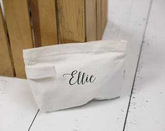 Gift for her makeup bag, personalized gift idea. Monogrammed gifts for mother, mother in law gift, bridesmaid gift, maid of honor gift idea