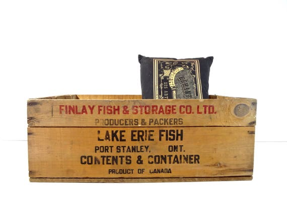 Vintage Wood Crate / Finlay Lake Erie Canada Fish Large Wooden