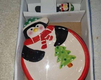 Penguin dip bowl with spreader