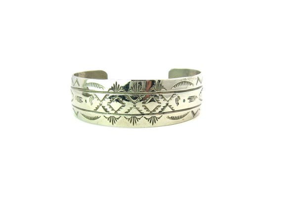 Navajo Bracelet. Hand Stamped Cuff. Sterling Silver Sun, Cloud, Flaming Arrow. Kokopelli Signed FT. Vintage Native American Jewelry. Unisex.